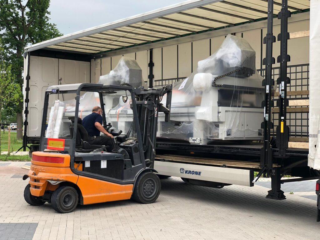 Transport en installatie bij klanten Danmar Machines Almelo